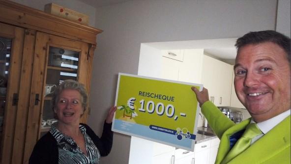 Els Terruwe uit Valkenburg wint reischeque met inleveren lege batterijen