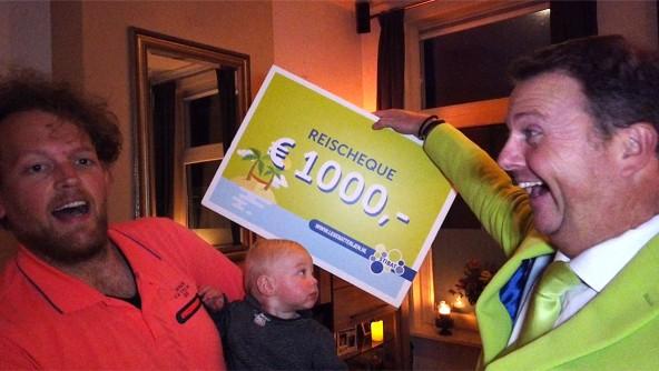 Aart van Riemsdijk uit Arnhem wint reischeque met inleveren lege batterijen